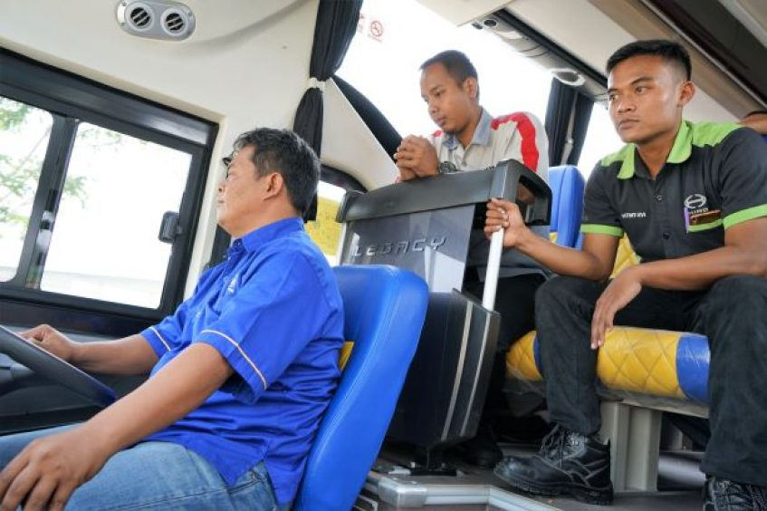 Tingkatkan pelayanan, MIT gandeng Hino latih pengemudi bus pariwisata